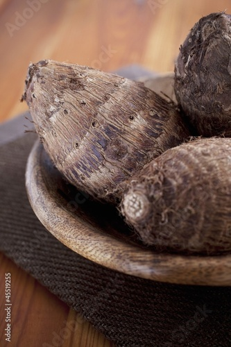 Malanga roots in a wooden bowl