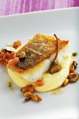 Fried cod with capers and mashed potato