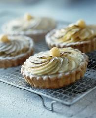 Caramelised apple pies