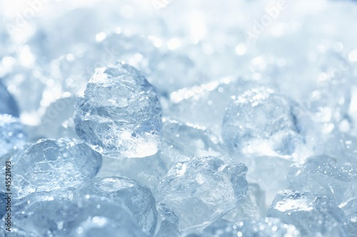 Ice cubes (full-frame)