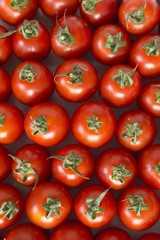 Roma tomatos (seen from above)
