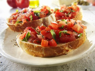 Bruschetta with steak