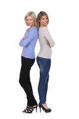Women wearing skinny jeans