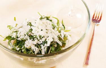 Salad with fresh tarragon and green grapes