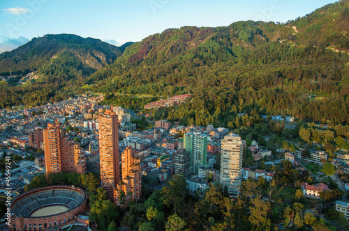 Aluminium Zuid-Amerika land Bogota and the Andes Mountains