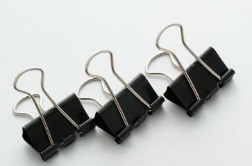 3 bulldog clips