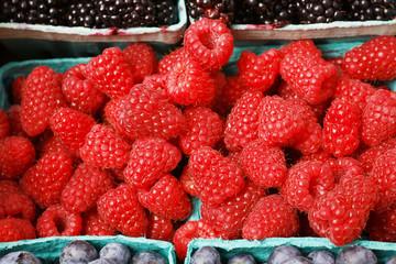 Pile of rasberries horizontal