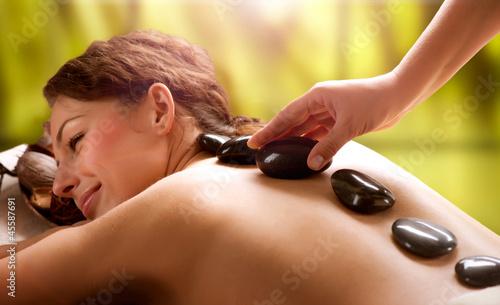 Fototapeta kamienie - masaż - Kobieta