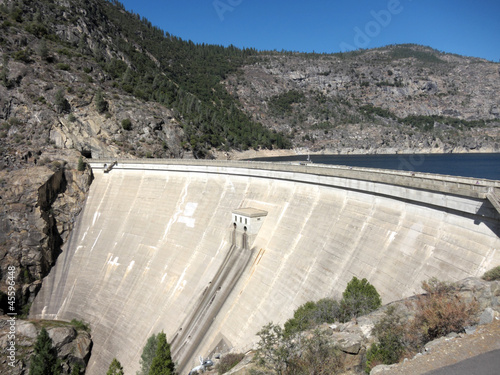 canvas print picture Hetch Hetchy Dam In Yosemite National Park