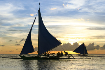 paraw outrigger sunset tour boracay