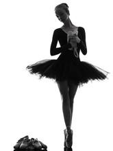 jeune femme ballerine danseur de ballet