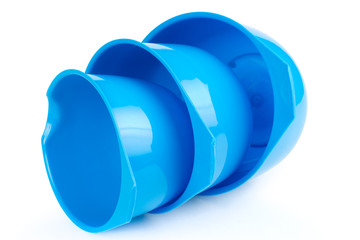 Three different size plastic bowls