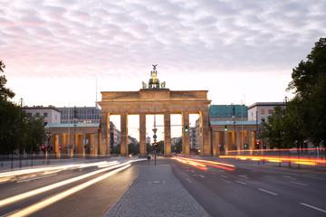 Brandeburg gate, Strasse des 17 Juni, Berlin