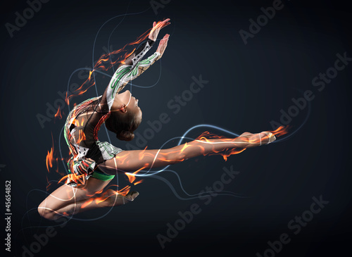 Staande foto Dance School Young woman in gymnast suit posing
