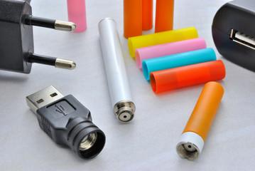 Sigaretta elettronica con cartucce filtro di vari gusti