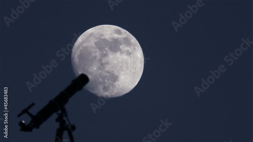 Telescope and Moon Time Lapse