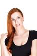 Freundliche Frau mit roten Haaren