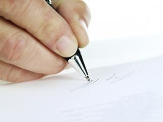 Unterzeichnen eines Dokuments