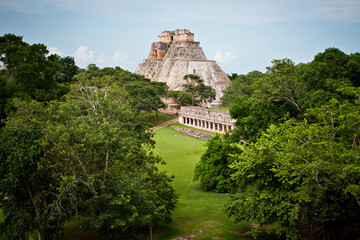 Mayan pyramid, Palenque, Mexico