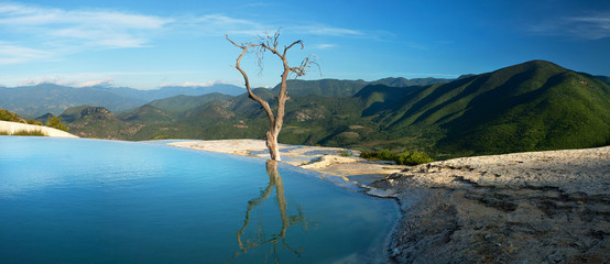 Panorama Hierve el Agua, Oaxaca, Mexico