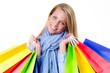 glückliche junge frau mit einkaufstaschen