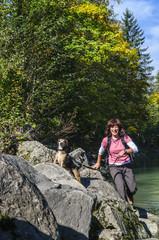 mit dem Hund beim Wandern