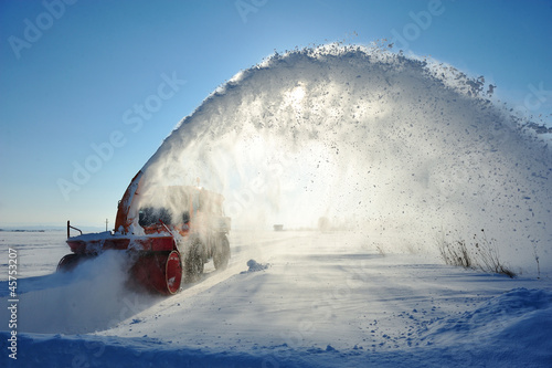 snow machine cleaning road