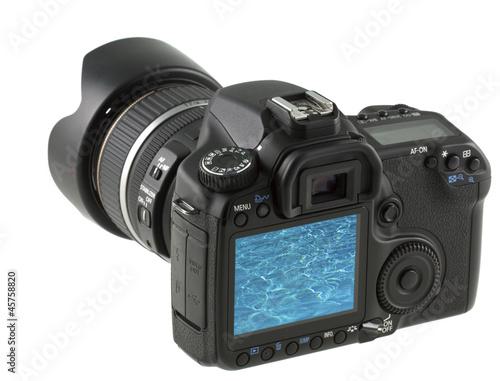 eau bleue piscine sur écran appareil photo