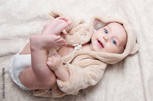 Leinwanddruck Bild Portrait of a beautiful baby girl