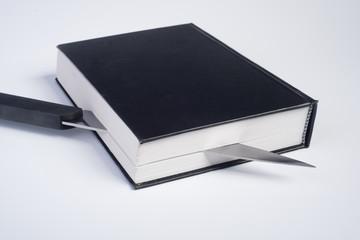 libro tagliato