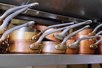 restaurant - batterie de casseroles en cuivre  # 30