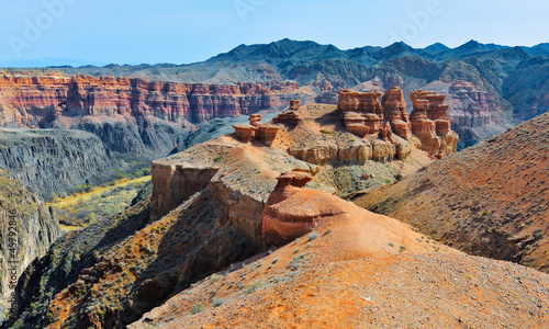 Tuinposter Canyon Majestic Charyn Canyon in spring