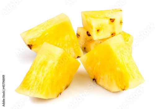 pineapple peeled chunks
