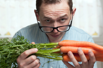 Öko, bio Gemüse und genverändert.