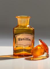 Alte Apothekerflasche für Vanillin