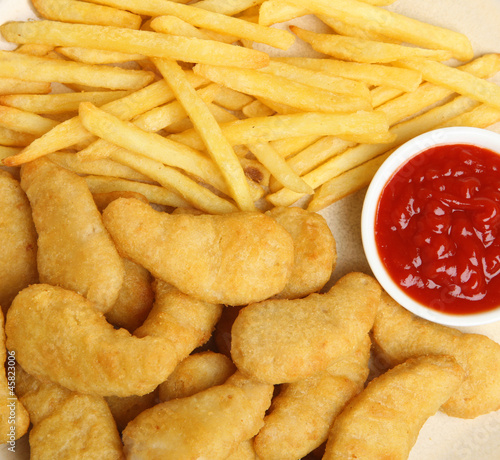 Chicken Nuggets with Fries