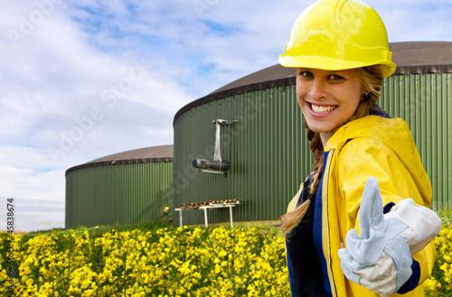 Daumen hoch zum Biogas - 45838674