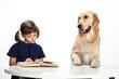 bimba e cane studiano