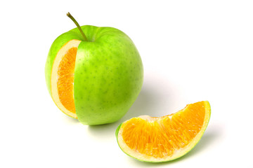 apple with orange inside