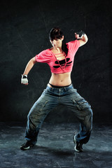 Frau beim tanzen