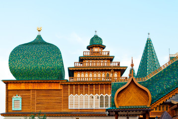 Domes, poppy-heads and cupolas of the wooden palace
