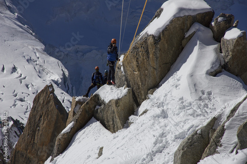 Rescue team in montain