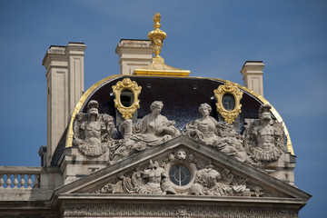 sculptures of the city hall of lyon