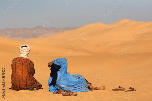 Foto op Canvas Algerije Two momads in Sahara