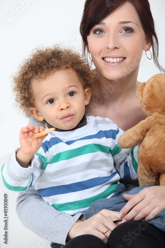 Woman posing with her kid