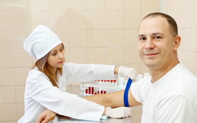 nurse pricked blood from patient