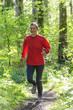 Im Wald joggen