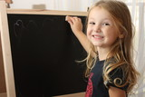 Girl on the chalkboard - Bambina alla lavagna