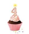 Cupcake mit Kerze und die Zahl 4