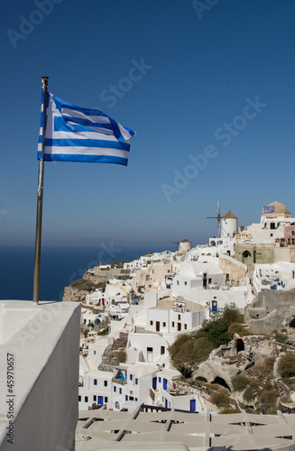 The Greek flag on the island a Santoriya